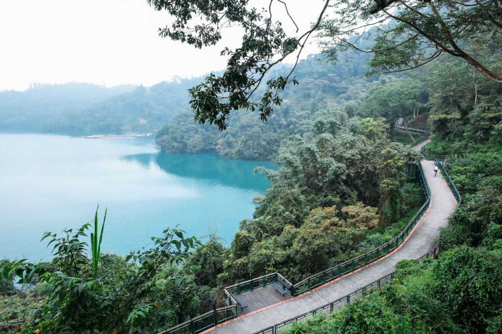 World's Top 10 breathtaking cycling routes - Sun Moon Lake